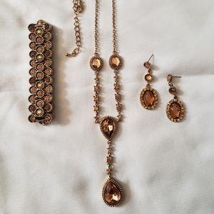 Beautiful Necklace Bracelet Earring Set
